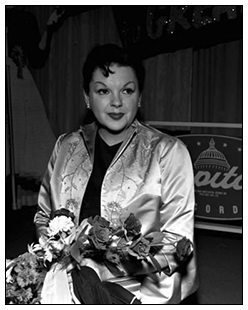 Judy Garland at a Cpatiol Records event
