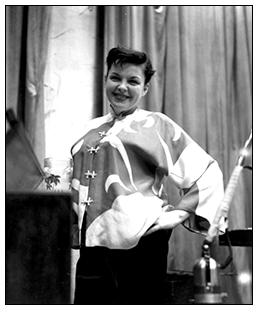 Judy Garland in the Capitol Records recording studio