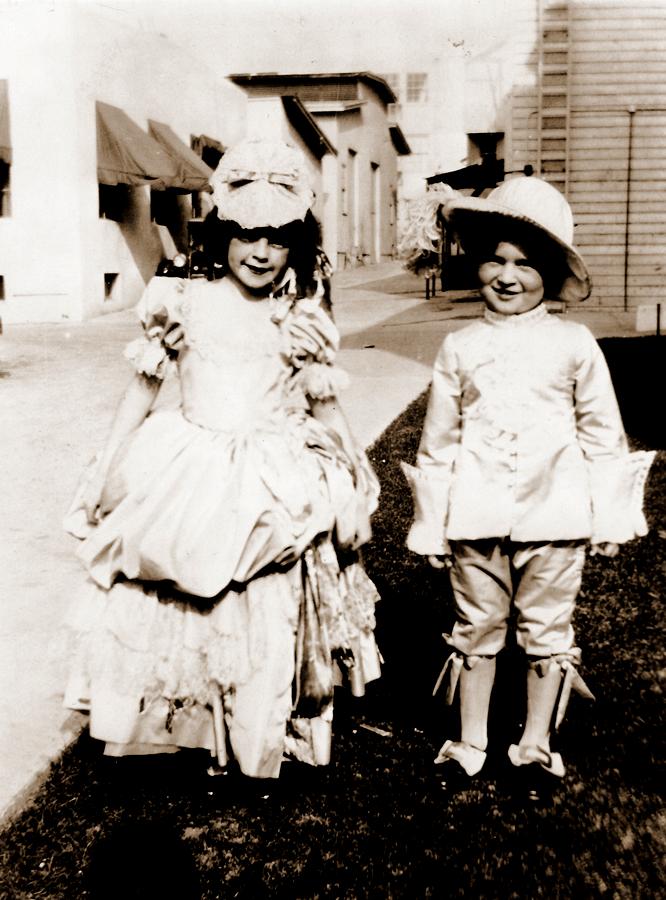 Judy Garland Shorts - The Gumm Sisters