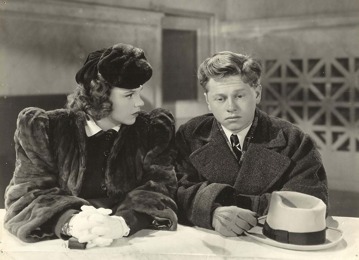 Judy Garland and Mickey Rooney in Andy Hardy Meets Debutante