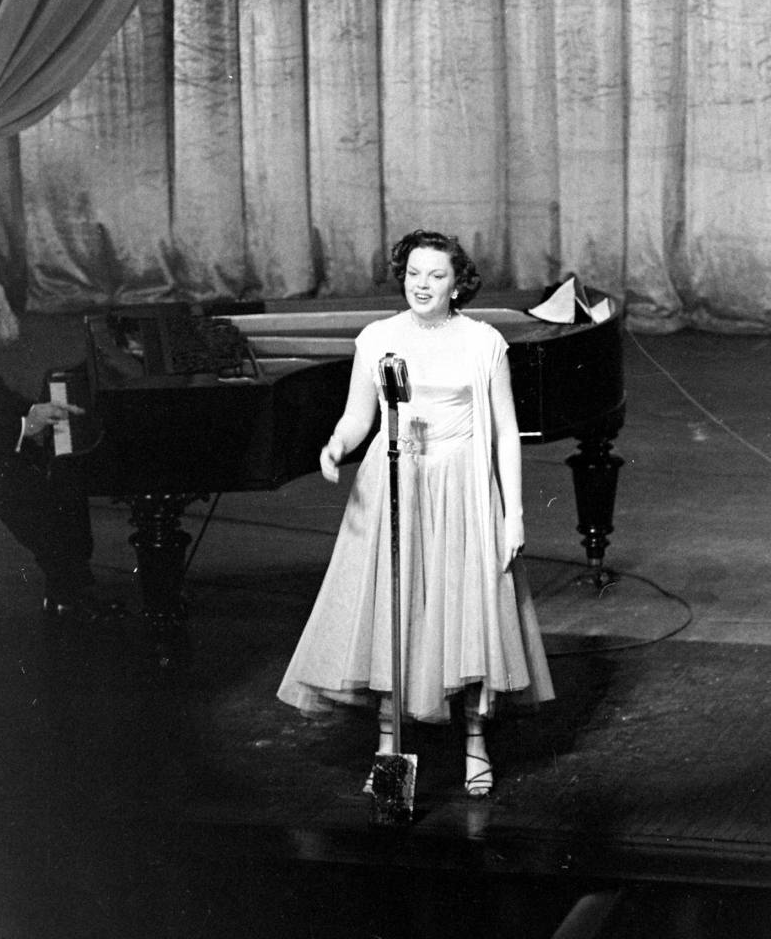 Judy Garland at the London Palladium 1951