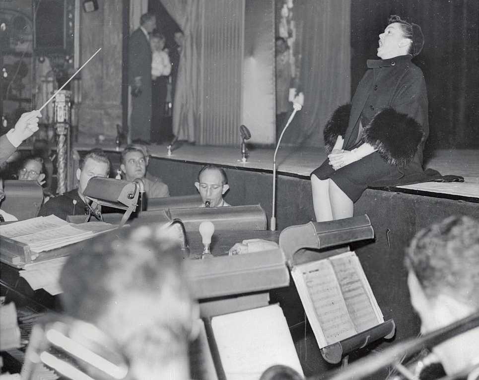 November 18, 1957, Judy Garland in rehearsals for The Royal Command Perormance Variety Show at the London Palladium